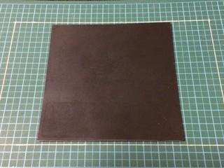 粘着付きゴム板(1×100×100)