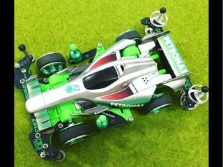 Mercedes Petronas V2