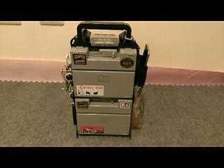 全能工具箱,掛車,飲料,電池,打火機,手機袋,油料架。