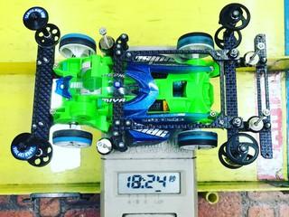 蛍光グリーン FMAR 3レーン