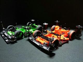 緑 VS 橙