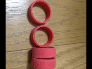 赤バレルでペラタイヤ