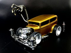 '35 FORD SEDAN HOTROD