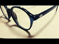 メガネですいません…