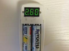 簡易電圧チェッカー兼電圧調整放電器