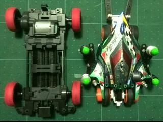 スーパーナローとTR-1シャーシ