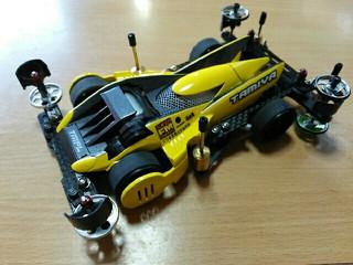 黄色いストラトベクター