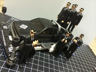 帝愛グループ専用車(キングギャブ)