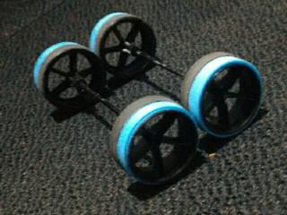 Large rim black n blue tire