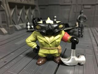 ガスマスクの人