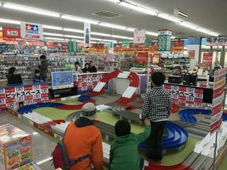 コジマ×ビックカメラ八幡店常設サーキット