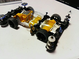スケルトンミニ四駆と超速カスタム入門