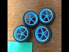 ゆとりペラタイヤ 2/3大径ローハイトタイヤ