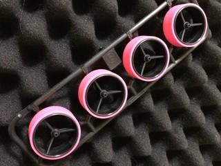 ペラタイヤ ピンク