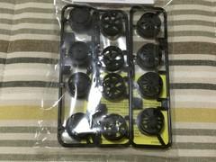 ミニ四駆カーボン強化ホイールセット(ローハイト)