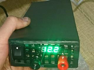 スコーピオン…ミニ旋盤機の電源安定器(変圧器)