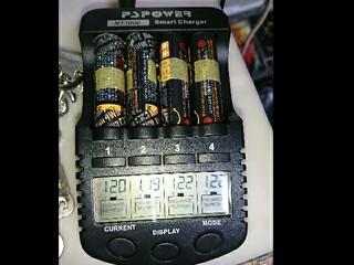 この充放電器で