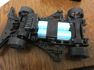 コミカルミニ四駆電池ホルダー