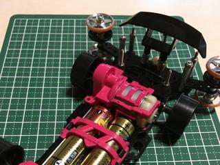 ピンクと黒のマシン
