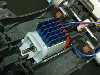 熱伝導シート付きヒートシンク