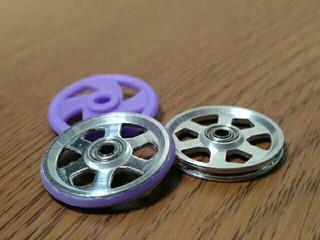 19mmプラリング付アルミベアリングローラー(6本スポーク)(紫)