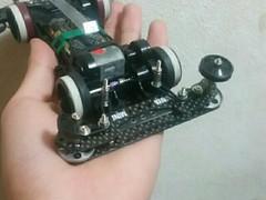 シャーシ一体型ピボット