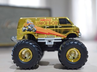 Lunchbox Jr Gold Edition
