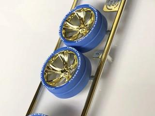 ミニ四駆35周年記念ブルー段付きペラタイヤ&ゴールドメッキAスポークホイール