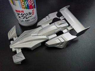 DAISOの200円スプレーのシルバー