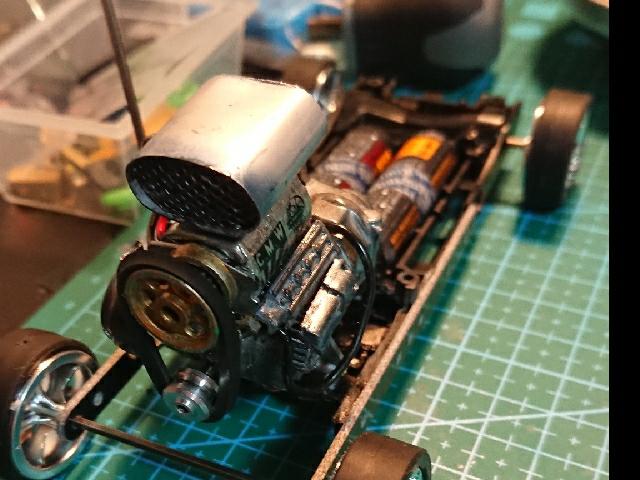 実働型エンジン