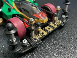 ピボット機能付きATバンパー