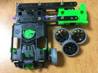 MSシャーシのワークマシンでタイヤセッター