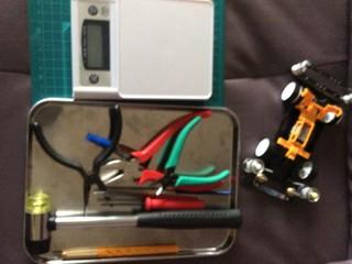 ミニ四駆改造の時に使う工具たち